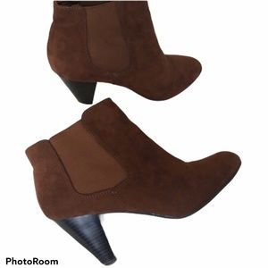    H&M    Brown Ankle Heel Boots Booties Size 8